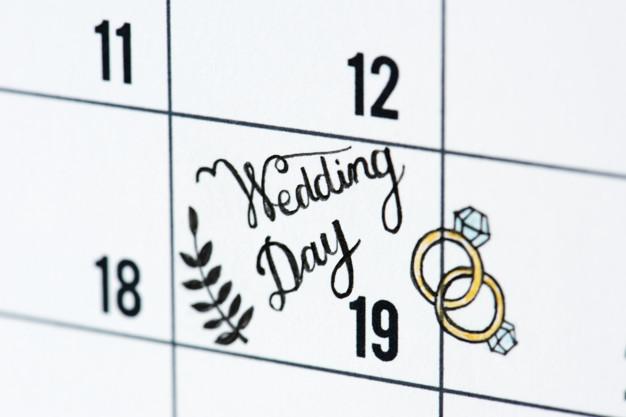 esküvőszervezés lépései - időpont keresése