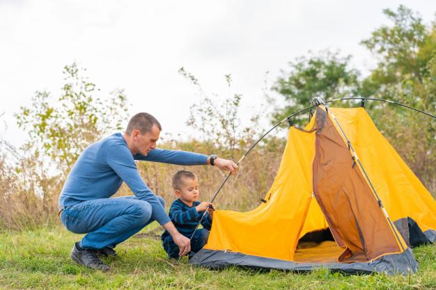 családi sátorozás